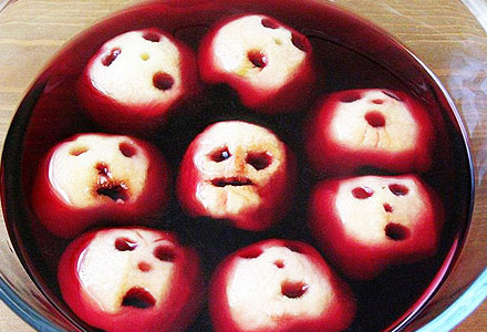 Halloween Healthy Snacks Recipes - Apple Bobbing Punch