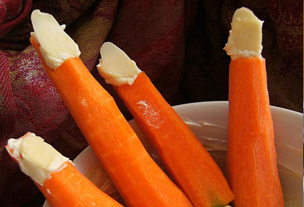 Halloween Healthy Snacks Recipes - Carrot Finger Food